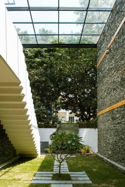 Manuj Agarwal Architectsが手掛けた庭