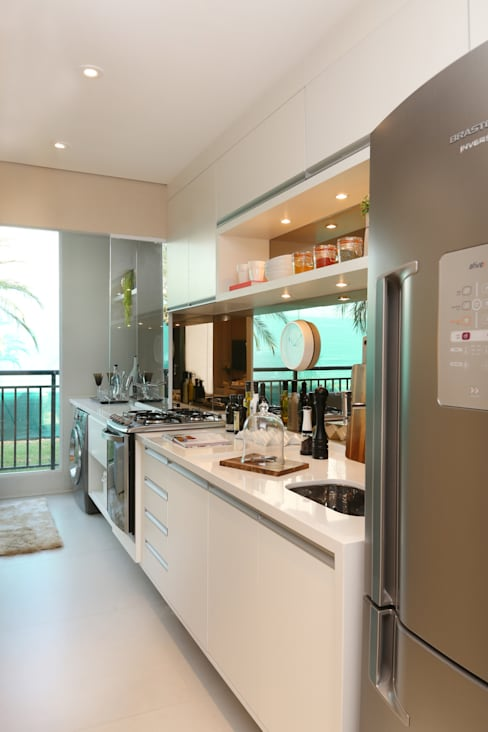 Projekty,  Kuchnia zaprojektowane przez Chris Silveira & Arquitetos Associados