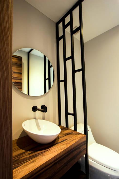 Ванные комнаты в . Автор – Concepto Taller de Arquitectura
