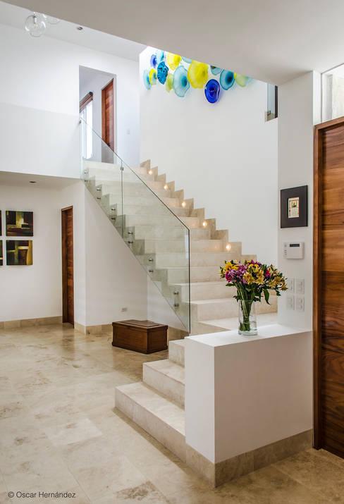 Oscar Hernández - Fotografía de Arquitecturaが手掛けた