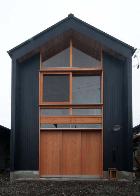 Houses by FrameWork設計事務所