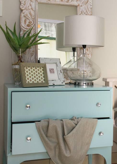 Dormitorios de estilo  de BHD Interiors