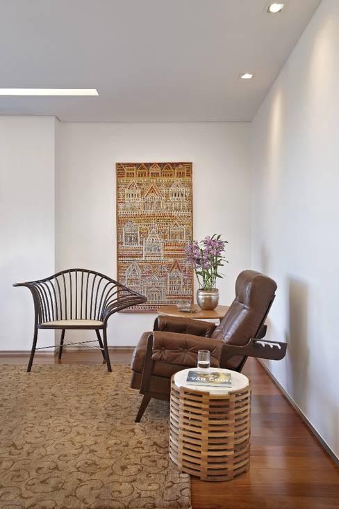 ห้องนั่งเล่น by David Guerra Arquitetura e Interiores