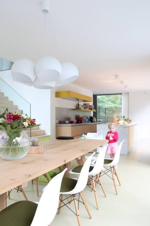 Kitchen by studio k interieur en landschapsarchitecten