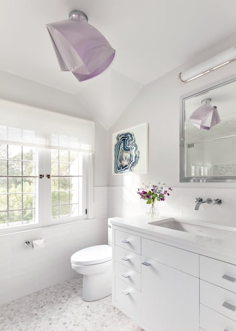 Bathroom by Clean Design