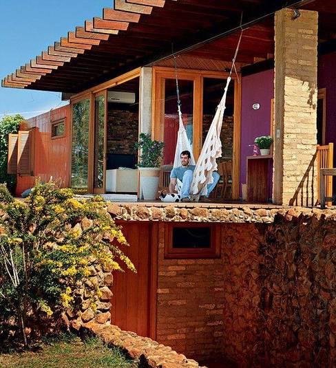บ้านและที่อยู่อาศัย by Casa Container Brasil