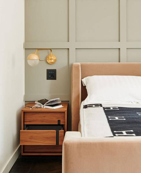 Dormitorios de estilo  de Studio Fabio Fantolino