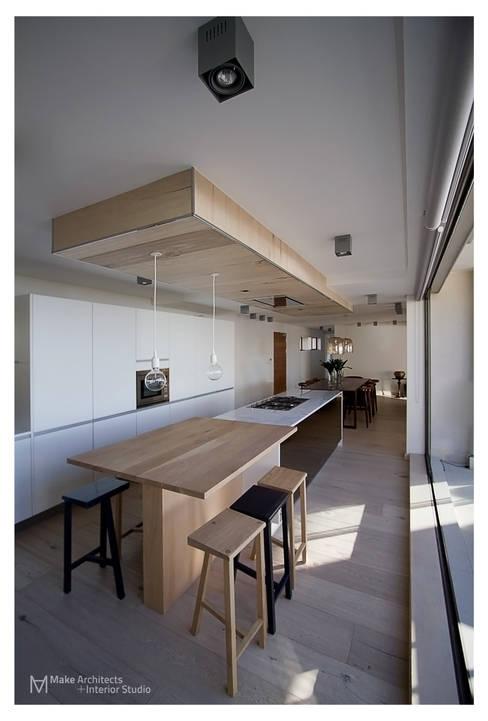 Costa Brava:  Kitchen by Make Architects + Interior Studio