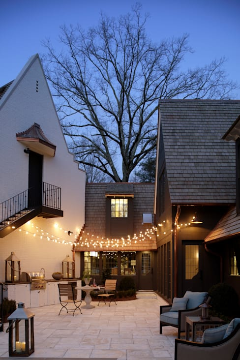 Ridgeview Showhouse:  Pool by Christopher Architecture & Interiors