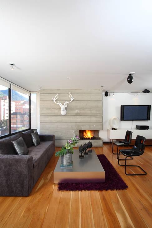 غرفة المعيشة تنفيذ Bloque B Arquitectos
