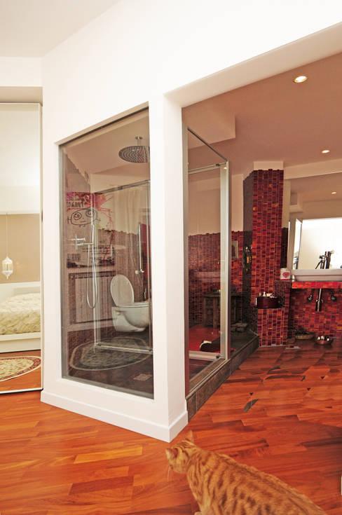 Fabiola Ferrarello architettoが手掛けた浴室
