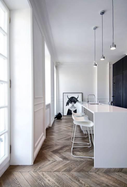 廚房 by INT2architecture