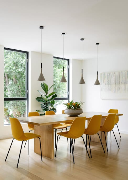 Fitty Wun:  Dining room by Feldman Architecture