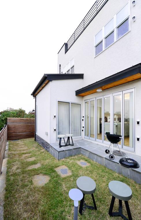 Projekty,  Ogród zaprojektowane przez 코원하우스