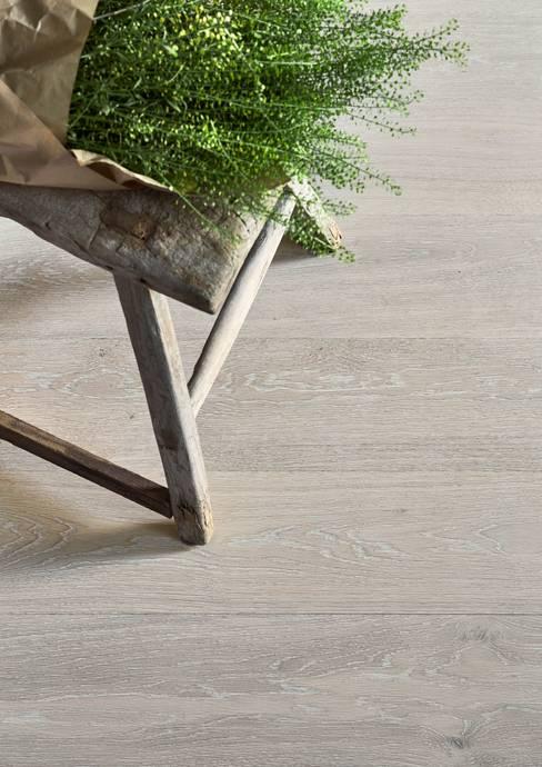 The Natural Wood Floor Companyが手掛けた壁&床