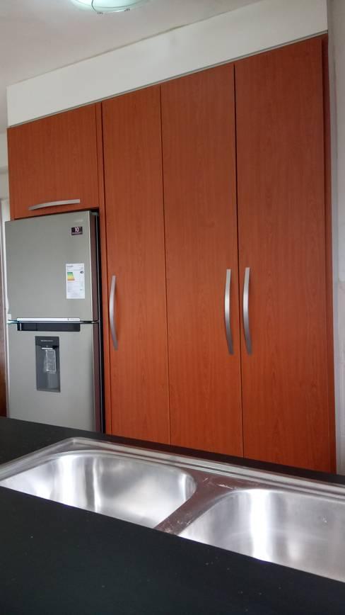 Projekty,  Kuchnia zaprojektowane przez Vanguardia Arquitectónica