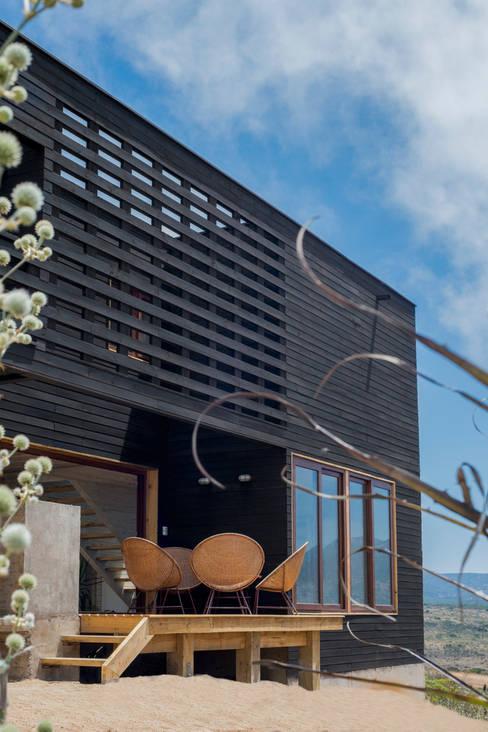 terraza principal: Casas de estilo  por Thomas Löwenstein arquitecto