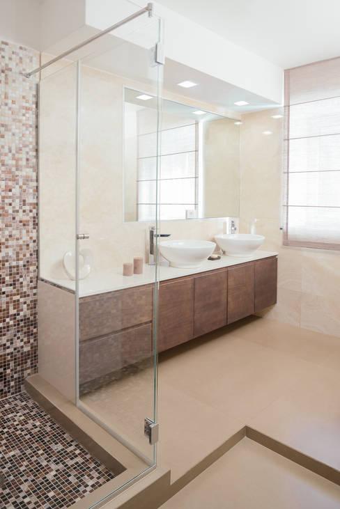 manuarino architettura design comunicazioneが手掛けた浴室