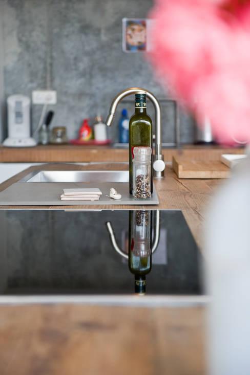 Kitchen by RestyleXL