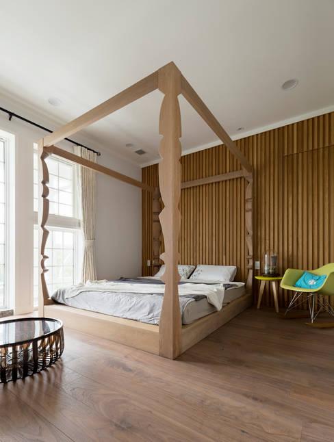 宜蘭健康屋 義式、美式:  臥室 by 耀昀創意設計有限公司/Alfonso Ideas