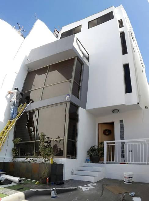 REMODELACION CASA EN ANTOFAGASTA:  de estilo  por Mettox construcciones