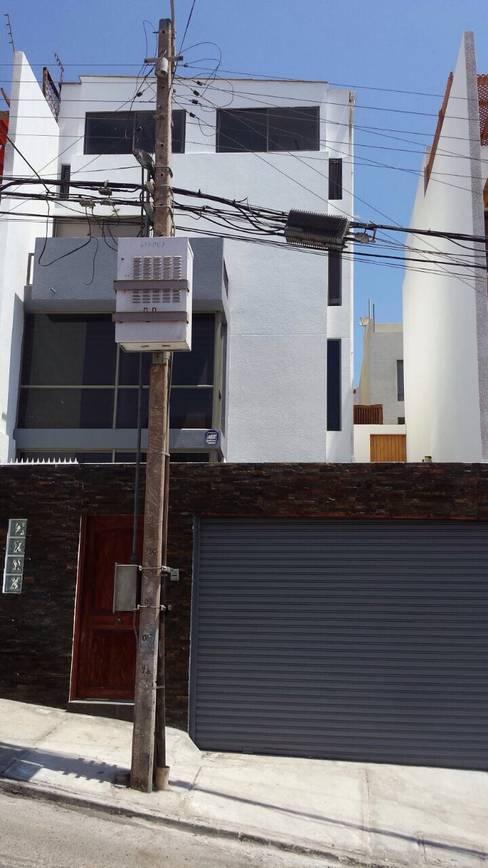 CAMBIO TOTAL DE FACHADA:  de estilo  por Mettox construcciones