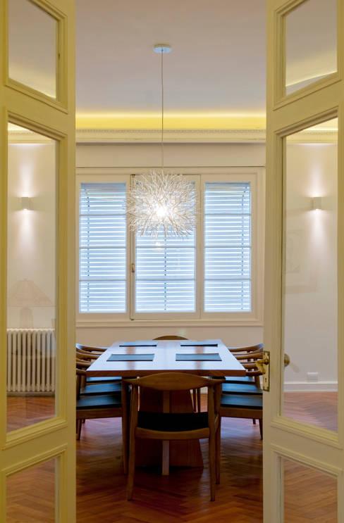 Dining room by Nicolas Loi + Arquitectos Asociados