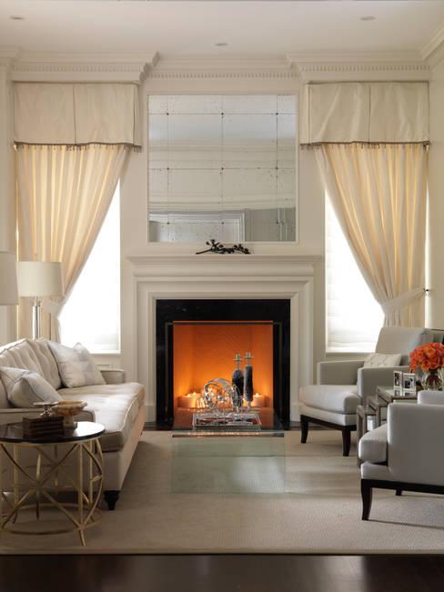Living Room:  Living room by Douglas Design Studio