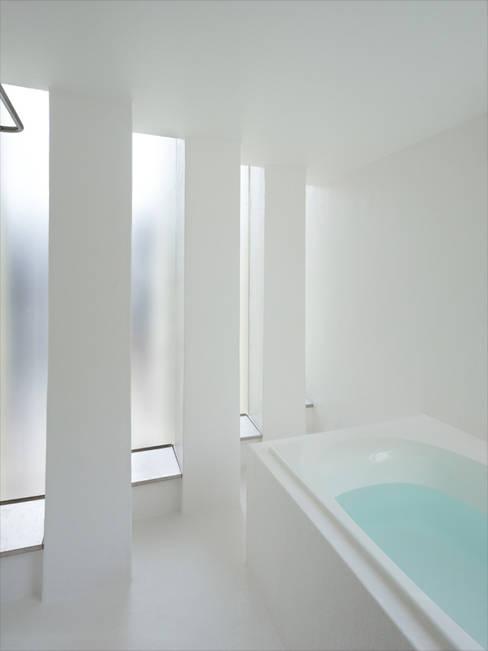 Phòng tắm by 藤原・室 建築設計事務所