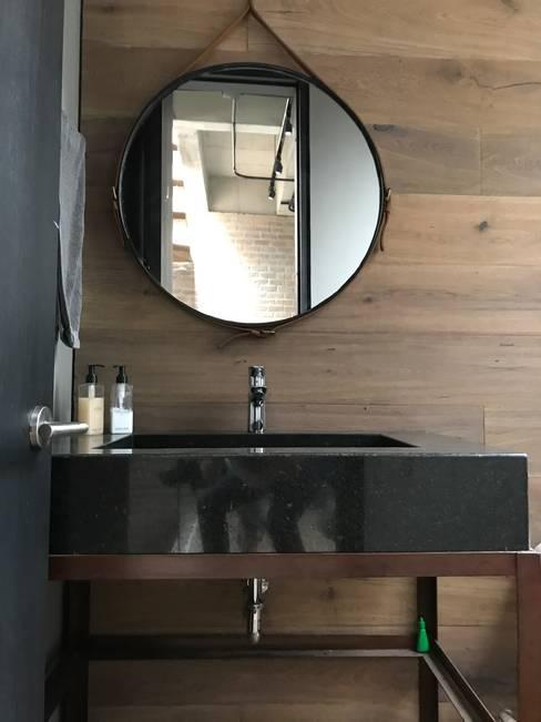 Projekty,  Łazienka zaprojektowane przez Ecologik