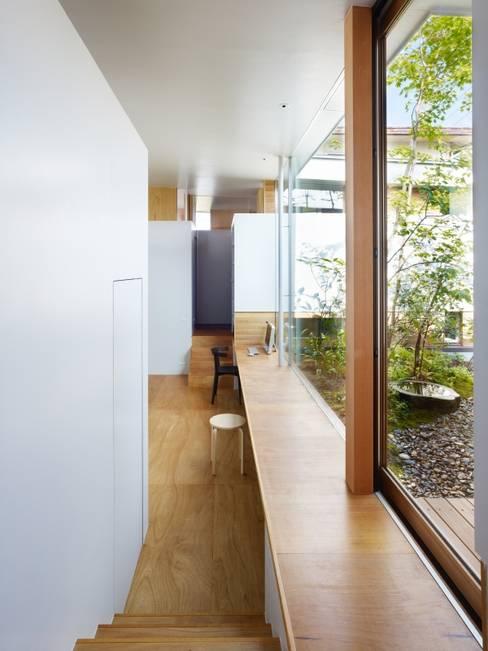 関屋の家: 藤原・室 建築設計事務所が手掛けた窓です。