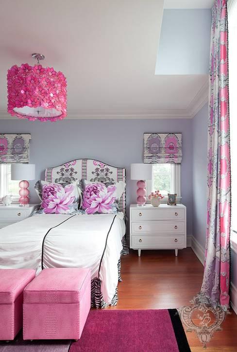 Girl's Bedroom:  Bedroom by Kellie Burke Interiors