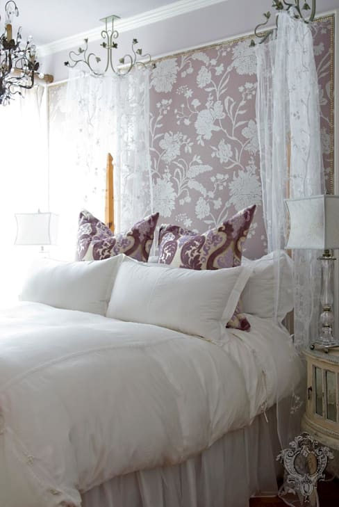 Master Bedroom:  Bedroom by Kellie Burke Interiors