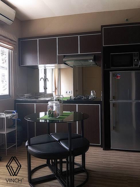 مطبخ ذو قطع مدمجة تنفيذ Vinch Interior