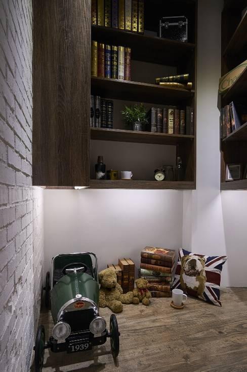 儲藏室:  書房/辦公室 by 第宅空間設計