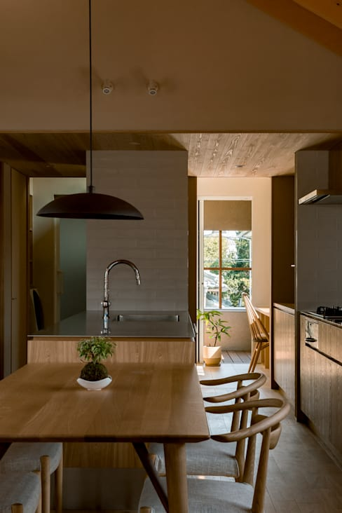Kitchen by HEARTH ARCHITECTS/ハース建築設計事務所