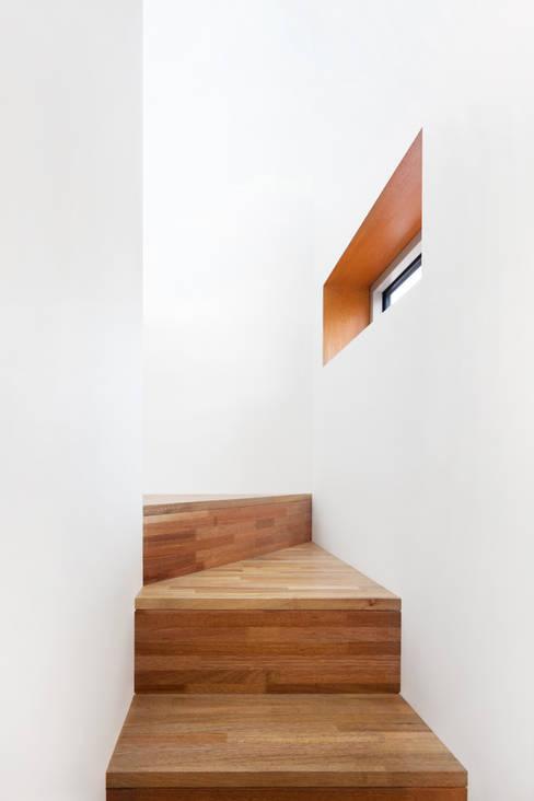Koridor dan lorong by 서가 건축사사무소