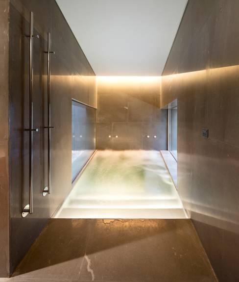 Sauna by AGi architects arquitectos y diseñadores en Madrid
