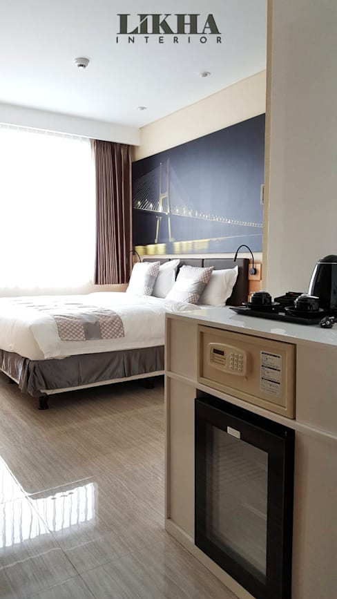 Kamar Hotel dan Pantry:  Hotels by Likha Interior