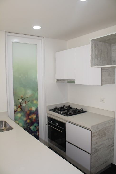 Built-in kitchens by RIVAL Arquitectos  S.A.S.