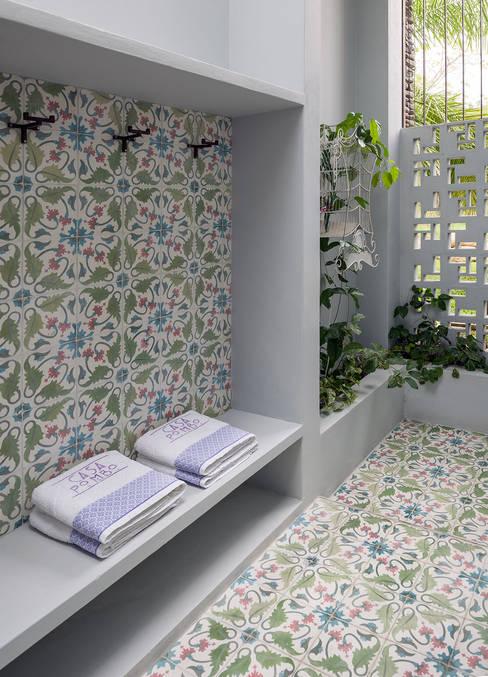 ห้องน้ำ by NOAH Proyectos SAS