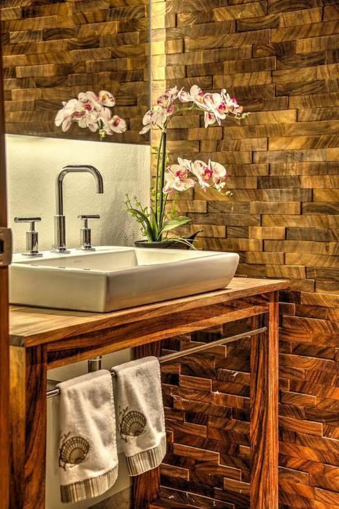 Baños de estilo  por Stuen Arquitectos