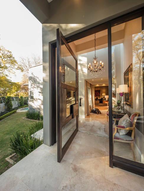 Elegant Entrance:  Doors by Spegash Interiors
