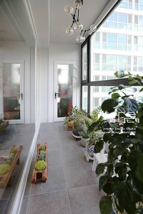 Terrace by 남다른디자인