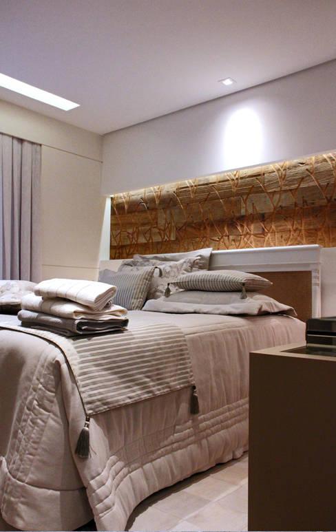臥室 by INSIDE ARQUITETURA E DESIGN