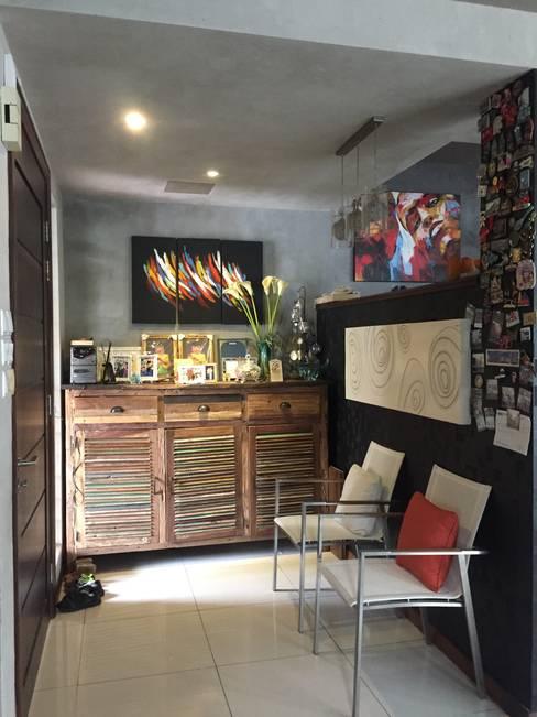 Living room by LI A'ALAF ARCHITECT
