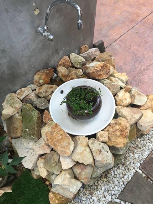 Garden by LI A'ALAF ARCHITECT