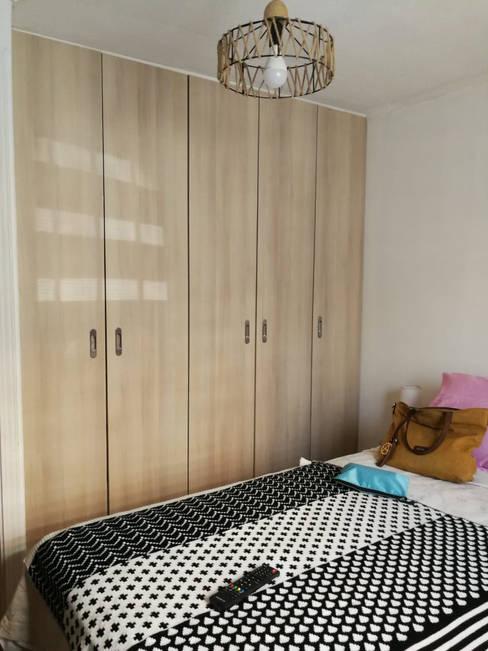 Closet: Vestidores y closets de estilo  por Lagom Studio
