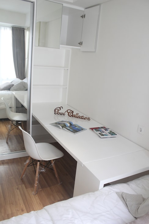 Apartemen Landmark II - Tipe  2 Bedroom (Design I):  Study/office by POWL Studio