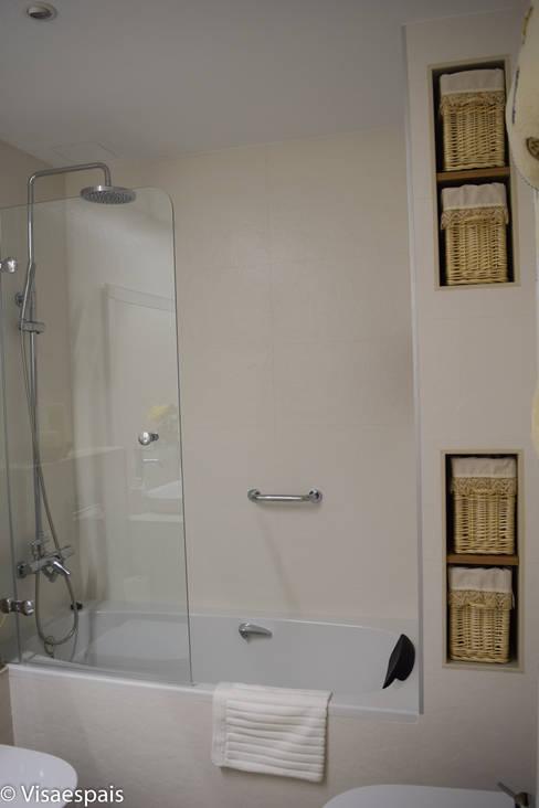 浴室 by Visaespais, reformas y rehabilitaciones en Tarragona
